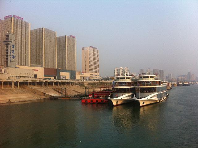 游轮与现代城市